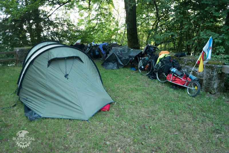 Primera noche de camping salvaje